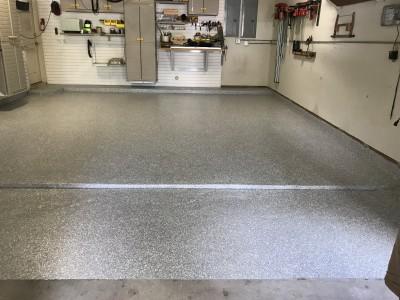 Garage Epoxy Flooring System - Evergreen Plaza (Bellaire, TX)